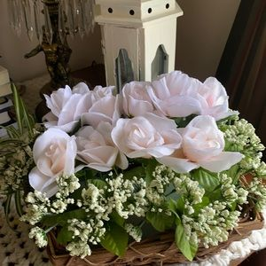 Basket of Roses & Baby's Breath Flowers weddings
